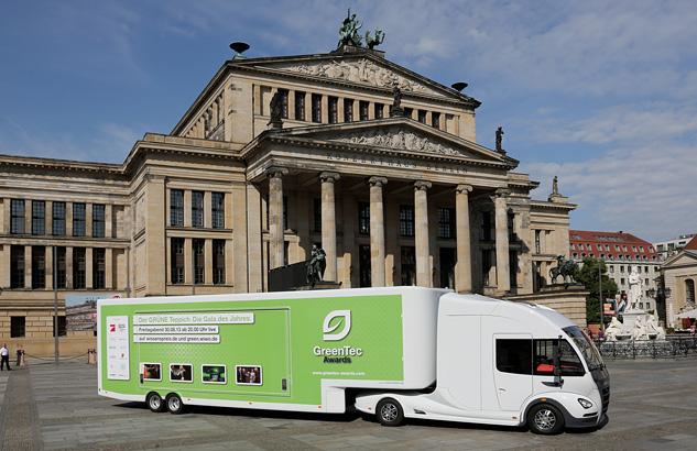 Green Tec Truck Gendarmenmarkt - Thomas Starck Autofotografie