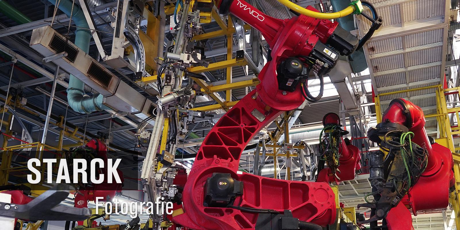 Taktstraße Fahrzeugbau - Thomas Starck Industriefotografie